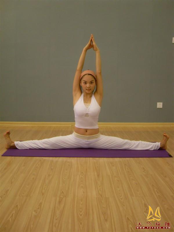 天竺瑜伽教练-高级教练周教练