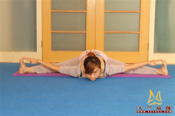天竺瑜伽教练-高级教练王湾