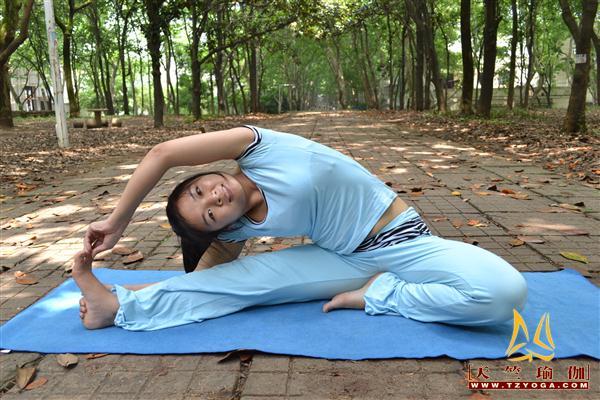瑜伽优秀学员袁青