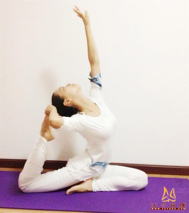 天竺瑜伽教练-高级教练徐敏