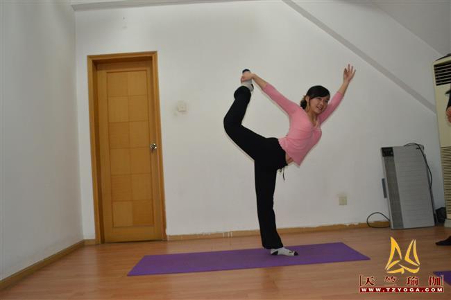 瑜伽优秀学员汪璐