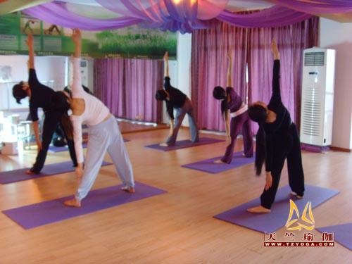 天竺瑜伽第十九期教练班学员掠影