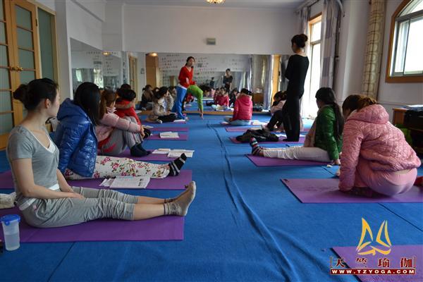 天竺瑜伽第174期初中高级连读瑜伽教练培训全