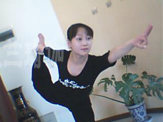 瑜伽优秀学员邱薏丹