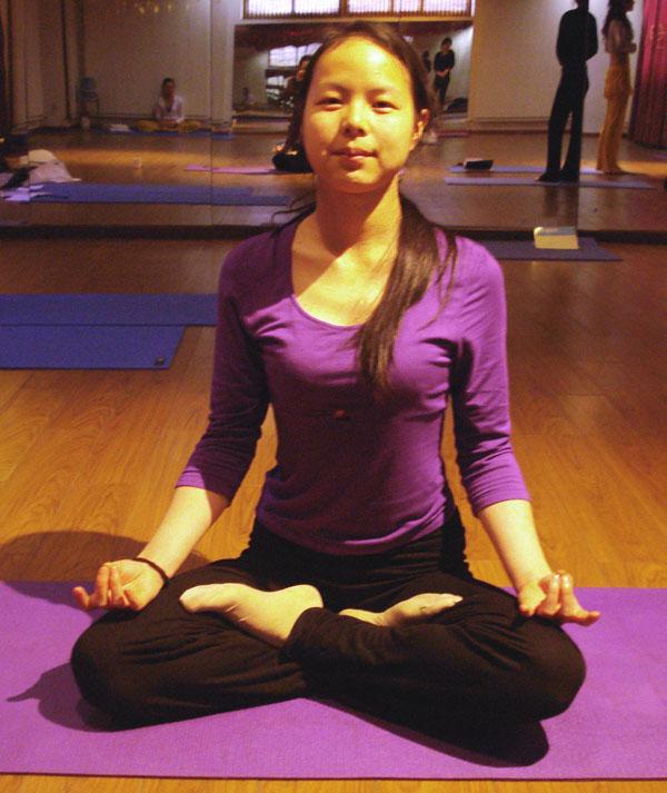 瑜伽优秀学员冯静