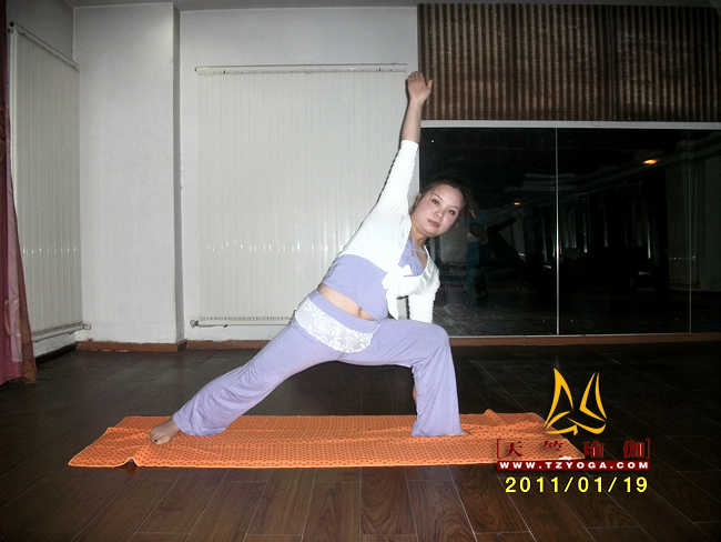 天竺瑜伽教练-高级教练李晨