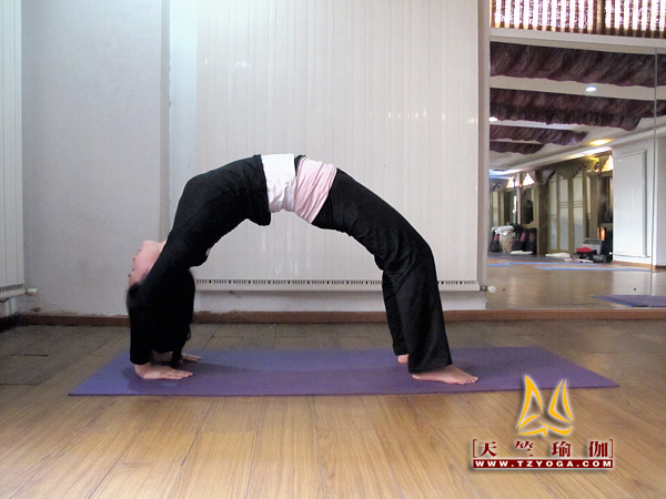 瑜伽优秀学员李媛